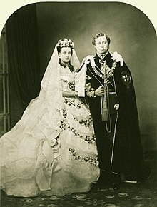 220px-Wedding_of_Albert_Edward_Prince_of_Wales_and_Alexandra_of_Denmark_1863